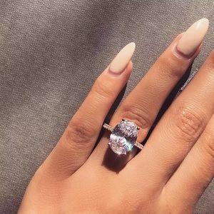 Jewelry - NEW Silver Platinum CZ HUGE oval diamond ring